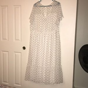Torrid white polkadot chiffon midi dress sz4
